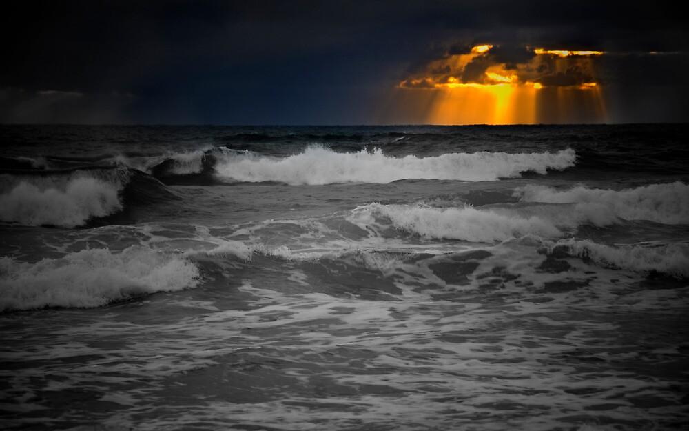 Sunrise at Surfers Paradise by photograham