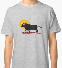 bull and sun Classic T-Shirt