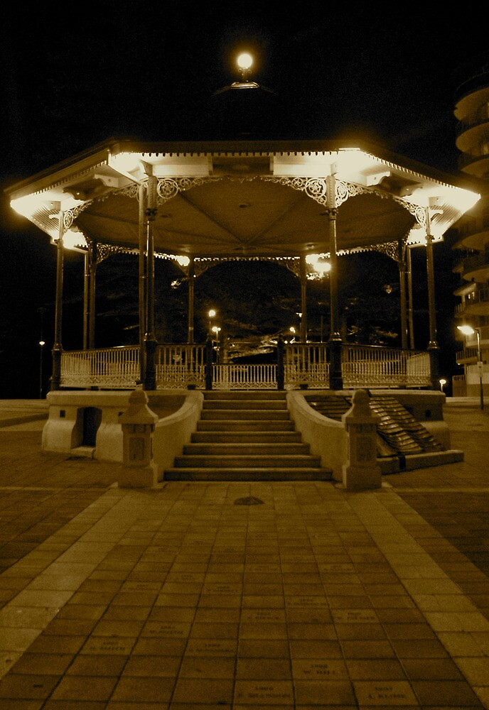 Classic Bandstand by porky84