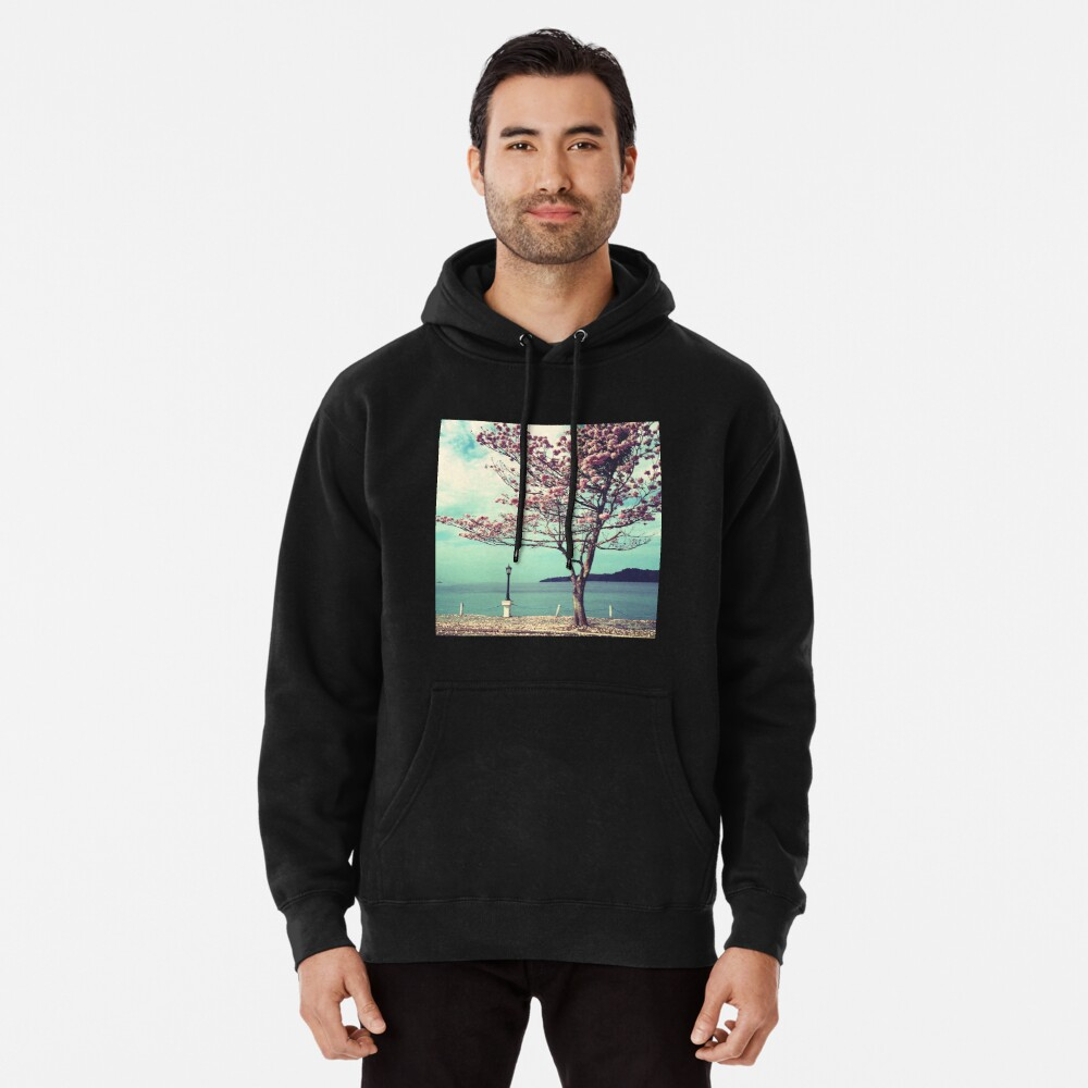 Blooms by the Sea - Panama Landscape  Pullover Hoodie