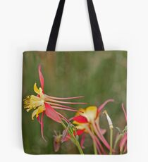 Flower to the left Tote Bag