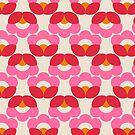 Retro Muster mit rosafarbenen anr roten Blumen von ShowMeMars