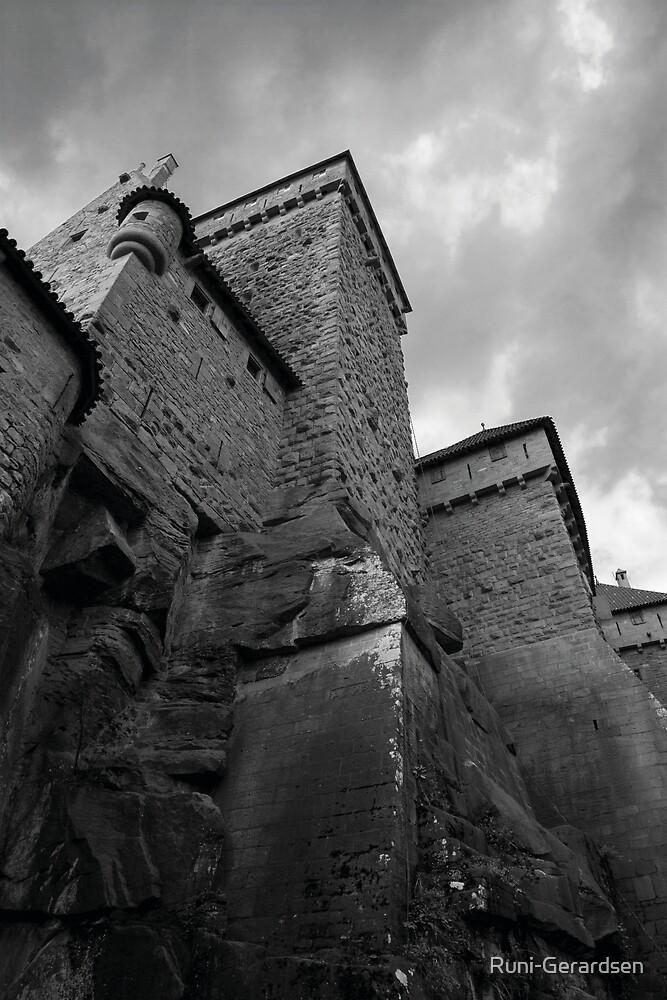 Burg by Runi-Gerardsen
