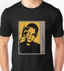 Dominic Fike - Gelbes Herz Slim Fit T-Shirt