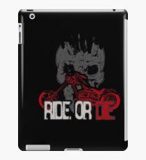 motorcycle rider iPad-Hülle & Klebefolie