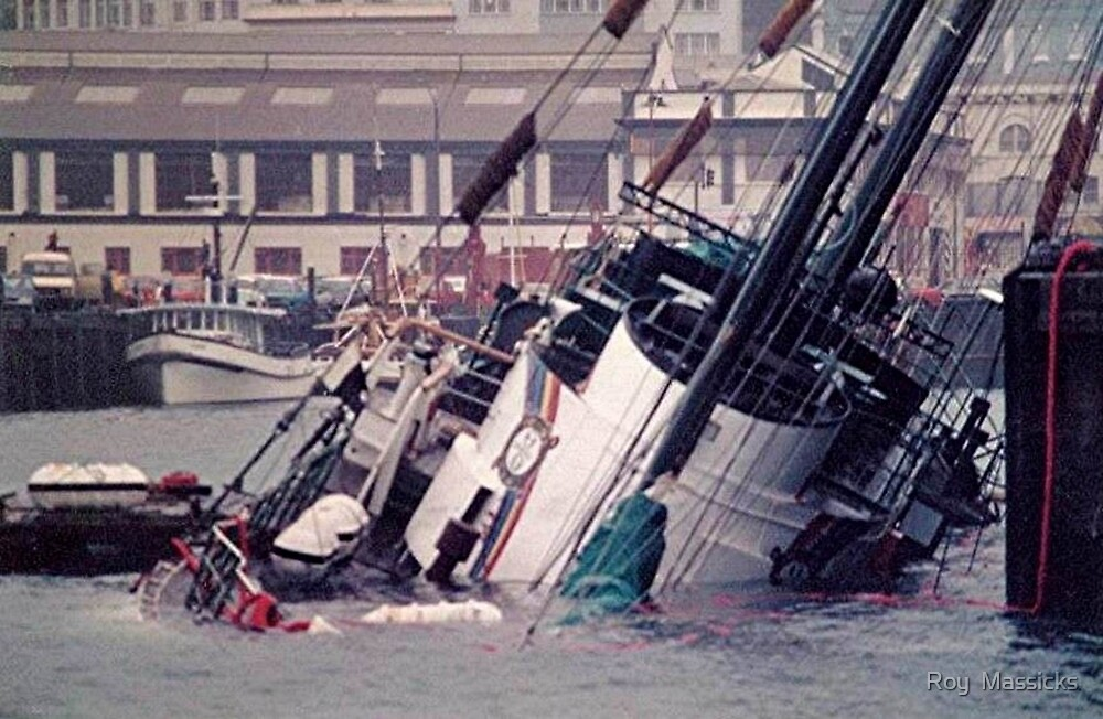 The sinking of the Rainbow Warrior.........thirty years ago ! by Roy  Massicks