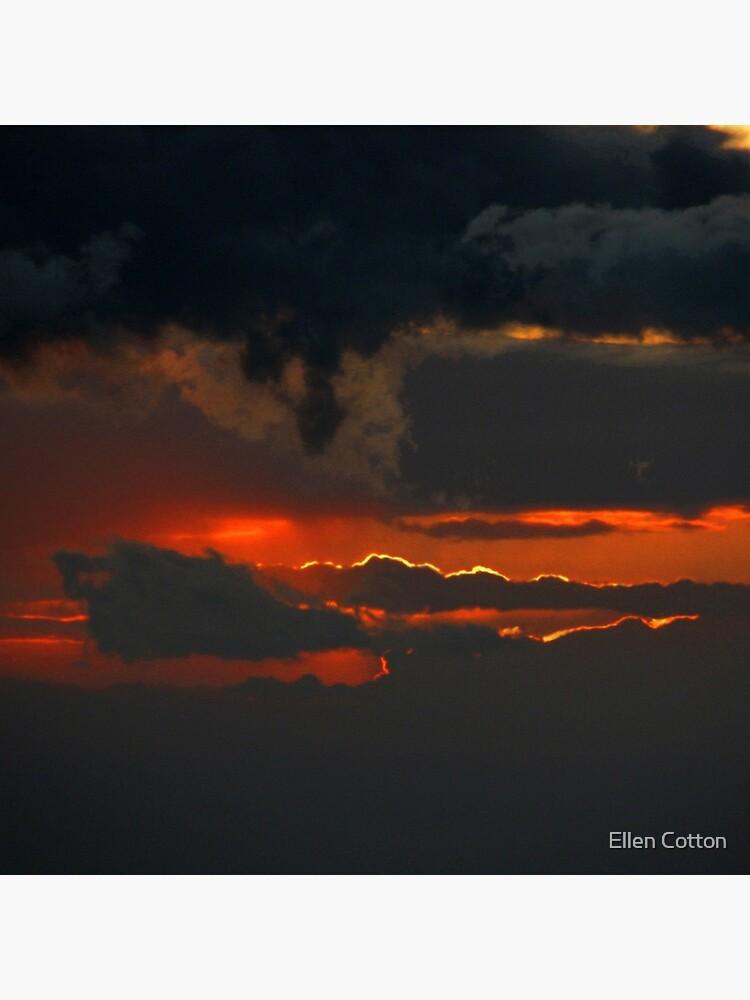 Darkness Descends by ellcot