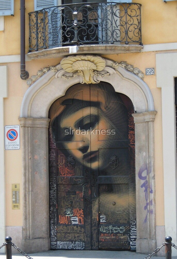 Madre di Milano by slrdarkness