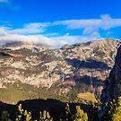 Sonniger Herbsttag am Berg Salinchiet in den italienischen Alpen von zakaz86
