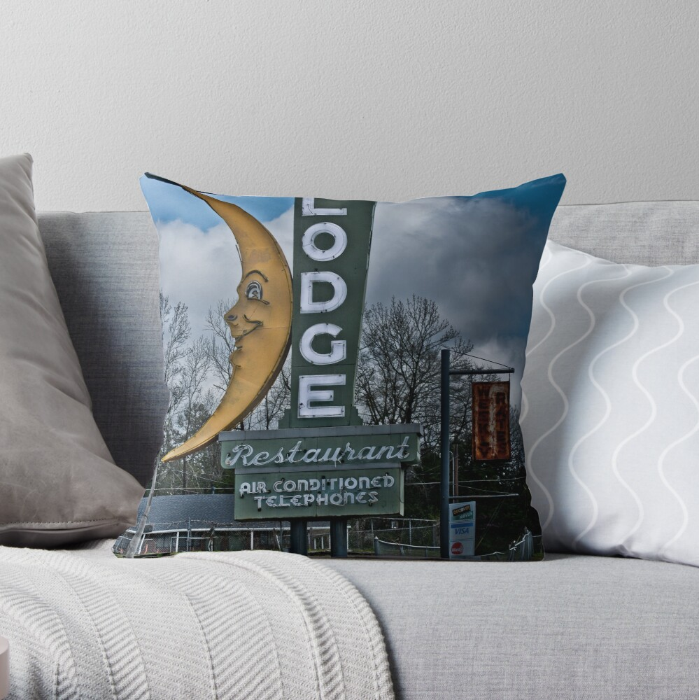 moon winx lodge Throw Pillow