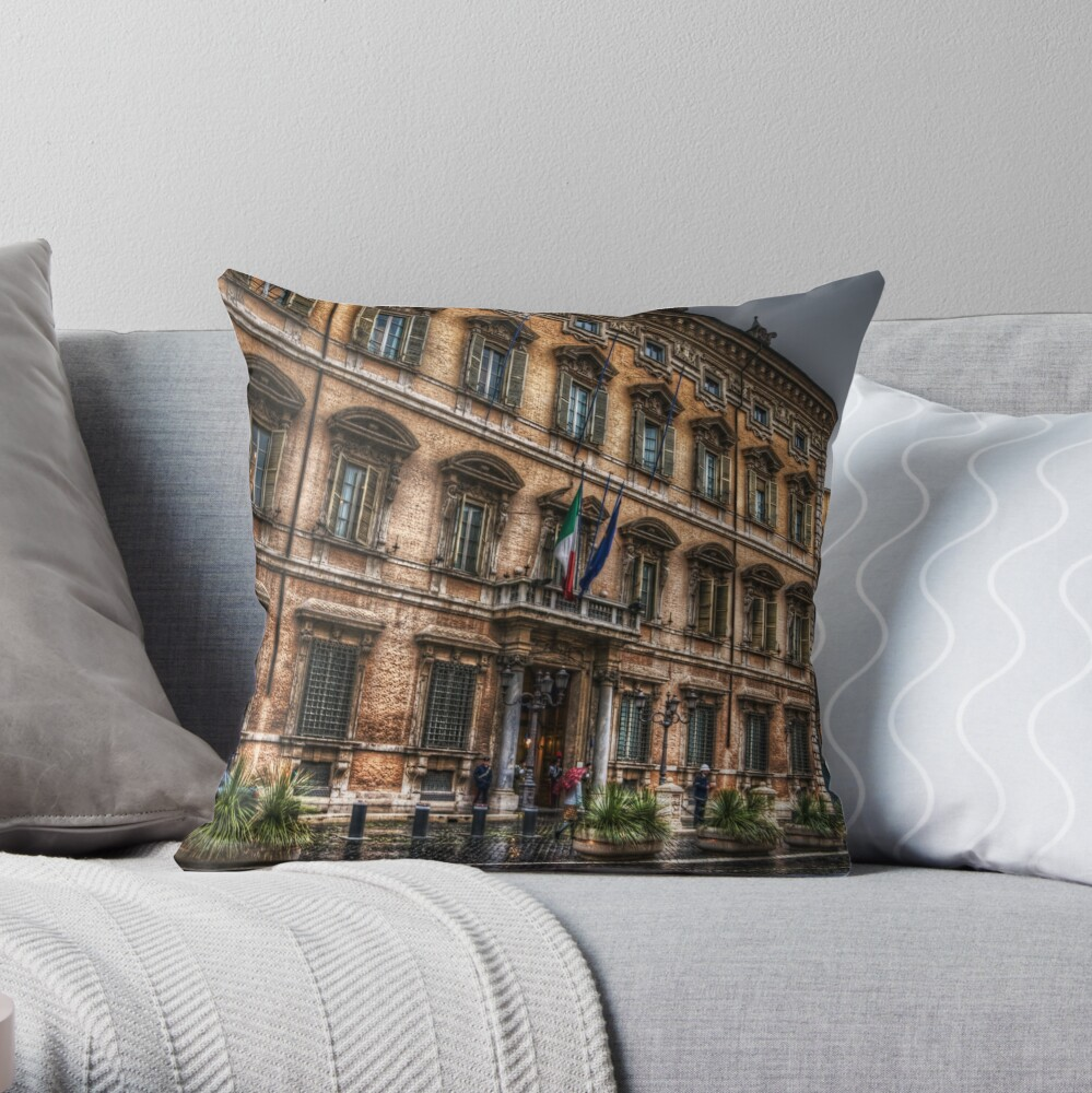 Palazzo Madama - Roma Throw Pillow