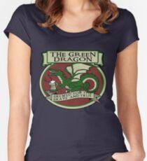 The Green Dragon Tailliertes Rundhals-Shirt