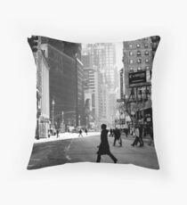 Cojín Street Life on Broadway, New York City