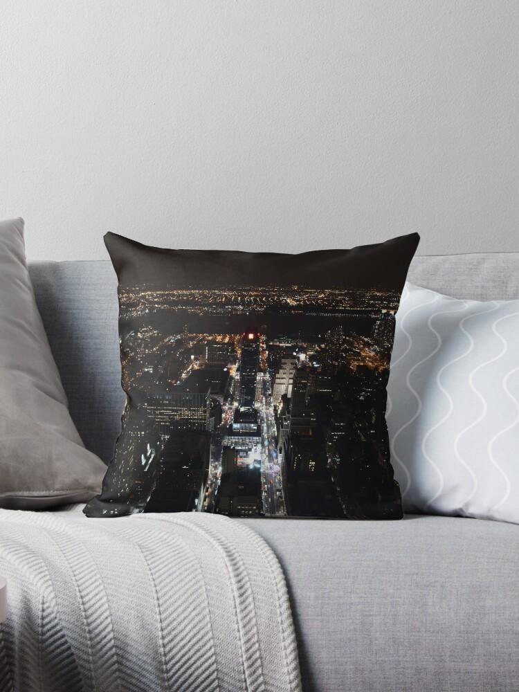 «New York at night» de contradirony