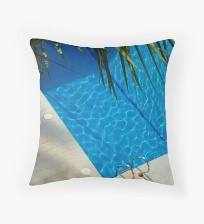 An inviting pool Throw Pillow