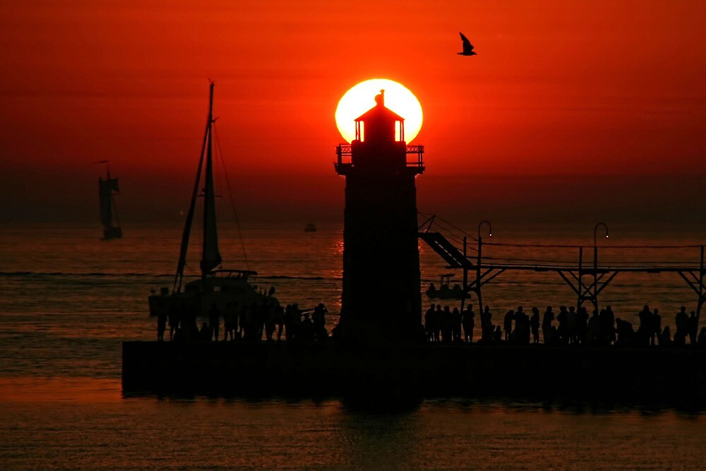 South Haven Pier by Dave Nielsen