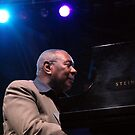 Freddy Cole at 2009 Atlanta jazz Festival by Ed Silvera