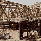 Hampden Bridge is Falling Down by bazcelt