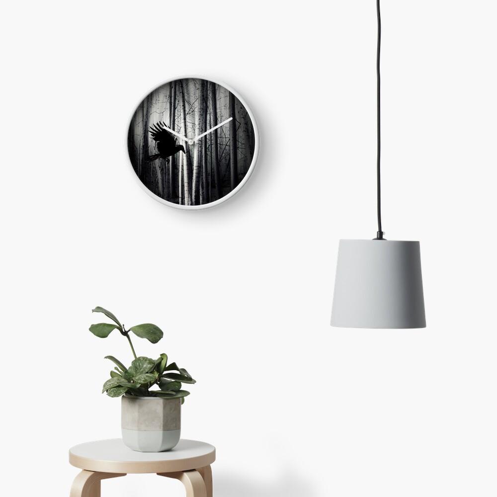 darker - Raven Clock