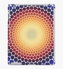 Optical Illusion Radial Gradient (Clear/White) iPad Case/Skin