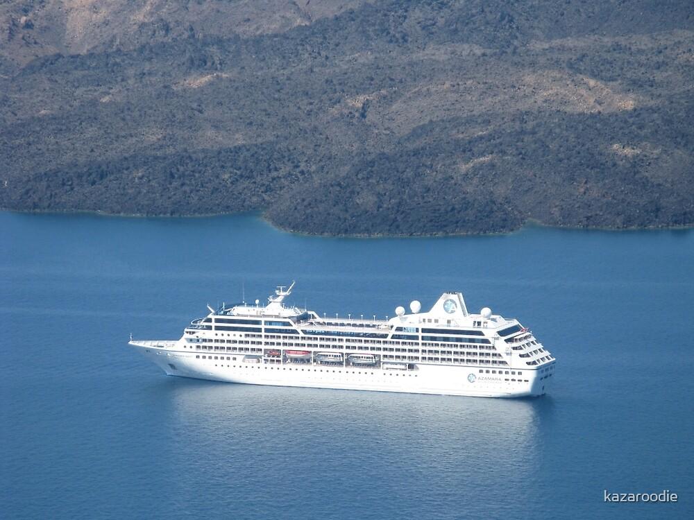TOURIST LINER VISITS MYKONOS by kazaroodie