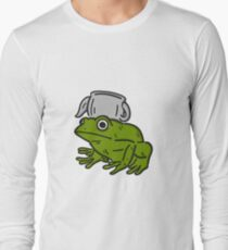 Frog with a teapot - Over the Garden Wall Long Sleeve T-Shirt