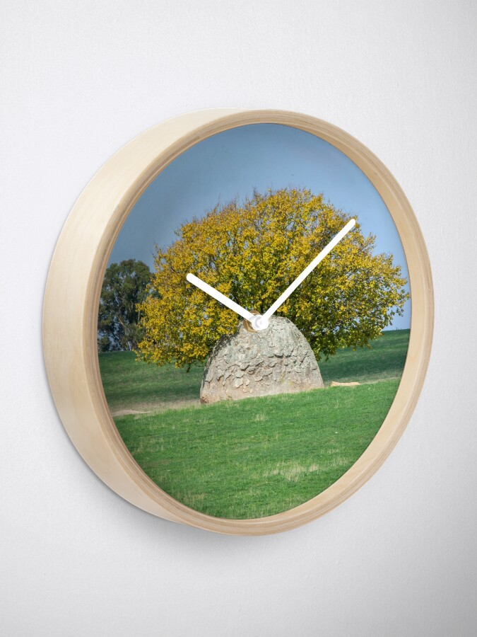 Alternate view of Rock and Tree in Meadow Clock