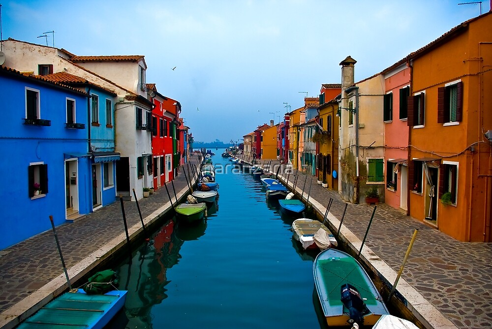 Colours of Burano. by naranzaria