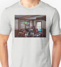 Pharmacist - Pharmacist from the 1880's  T-Shirt