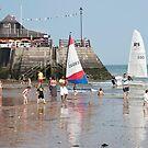 Broadstairs Beach: Kent, UK. by DonDavisUK