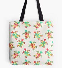Nette Blumen-Kinderhippie-Schildkröten auf Sahne Tote Bag