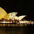 Vivid Sydney 2010 - Opera House and Lights by pyko