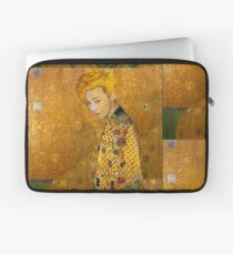Dragon In Gold Laptop Sleeve