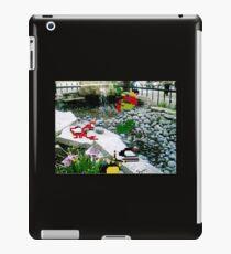 Pit-i-fall iPad Case/Skin