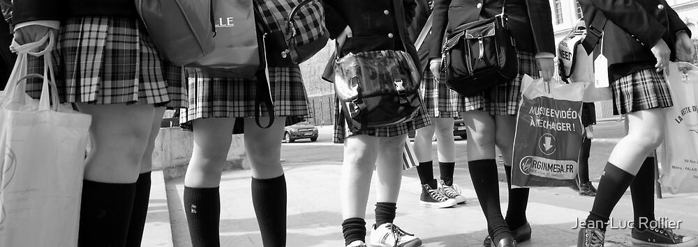 Paris - Chinese schoolgirls. by Jean-Luc Rollier