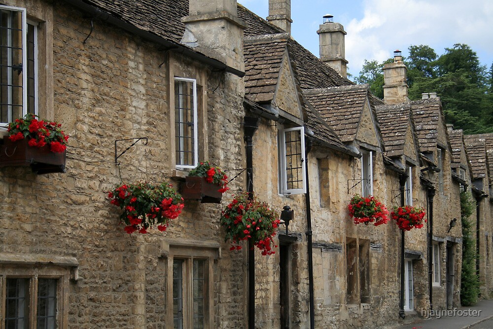 Castle Combe Cottages by hjaynefoster
