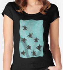 Unechte Karettschildkröten-Jungtiere Tailliertes Rundhals-Shirt