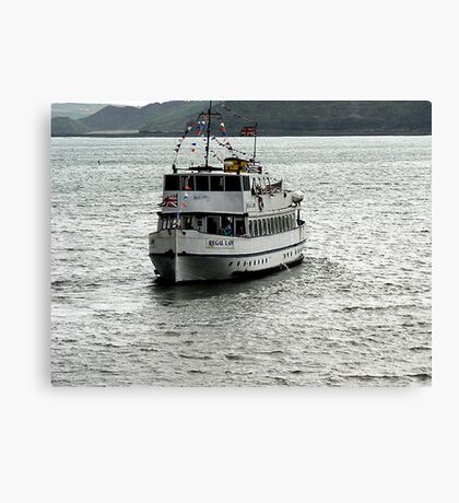 Regal Lady - Scarborough Canvas Print