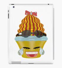 Tränen lachendes Emoticon Cupcake iPad-Hülle & Klebefolie