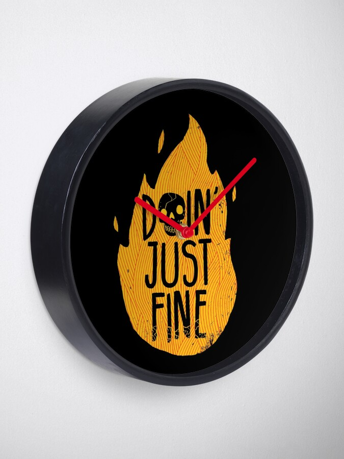 Alternate view of Doin' Just Fine Clock