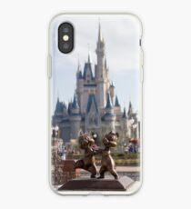 Vinilo o funda para iPhone Chip y Dale en Magic Kingdom