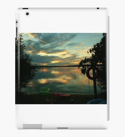 OPALESCENT COLORS ON THE LAKE iPad Case/Skin