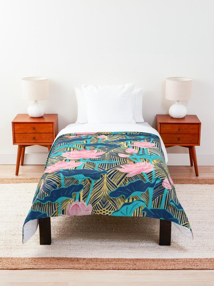 Alternate view of Art Deco Lotus Flowers in Pink & Navy Comforter