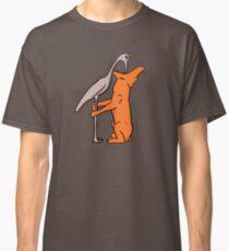 Wolf und Kranich (oder Fuchs und Storch?) Classic T-Shirt