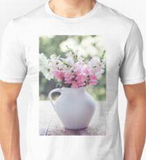 Snapdragon flowers T-Shirt