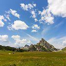 Mountain landscape by pietrofoto