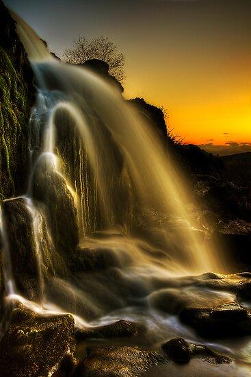 Sunset Spray by Karl Williams