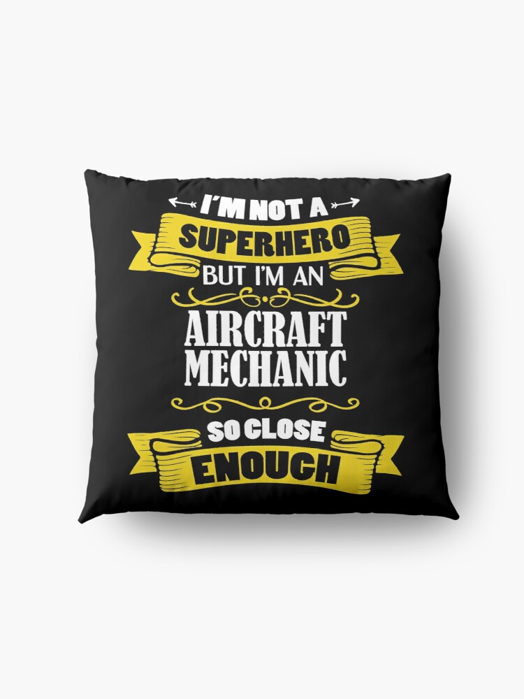 Alternative Ansicht von I'm Not A Superhero But I'm An Aircraft Mechanic Funny Gift Bodenkissen