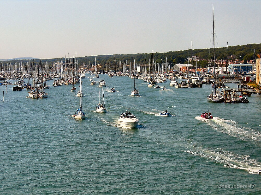 A BUSY COWES WEEK by ronsaunders47