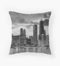 Chicago-Skyline in Schwarzweiss Dekokissen